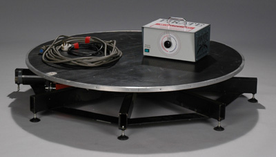 Large Floor Turntable with Speed Controller & Cables